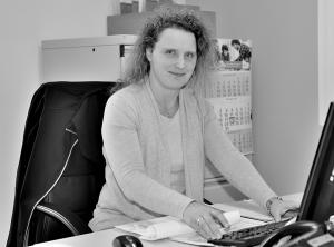 Davina Voss - Bürokauffrau Auftragsannahme und Buchhaltung